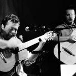 Photo de deux musiciens du groupe de musique andine métissée O.M.N.I.